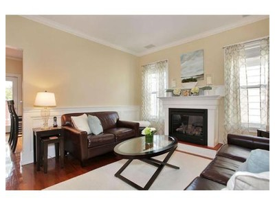 Co-op / Condo for sales at 681-681r East 5th Street  Boston, Massachusetts 02127 United States