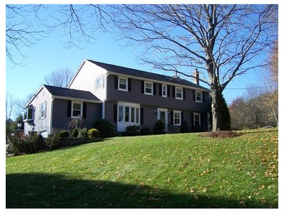 Single Family for sales at 99 Providence St  Mendon, Massachusetts 01756 United States