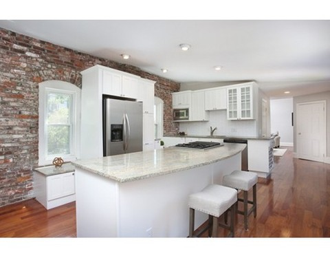 Bradys Room One Family Navigates >> Caitlin Brady Real Estate Associate In Boston Massachusetts