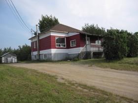 Bungalow for a-vendre at 91 Route 138  Ragueneau, Québec G0H 1S0 Canada