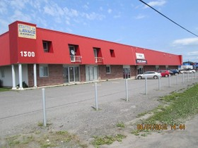 Commercial for a-vendre at 1460 Boul. Jutras O.  Victoriaville, Québec G6T 2B4 Canada