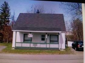 Unifamiliale for a-vendre at 661 Rue Notre-Dame S.  Louiseville, Québec J5V 1Y8 Canada