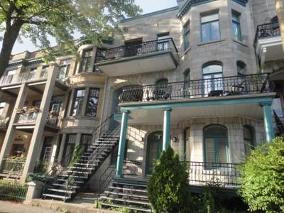 Condo / Maison de ville / Loft for a-vendre at 4309 Rue St-Hubert  Le Plateau Mont Royal, Quebec H2J 2W6 Canada