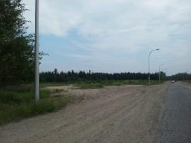 Terrain for a-vendre at Boul. Des Montagnais  Sept-Iles, Québec G4R 5R1 Canada