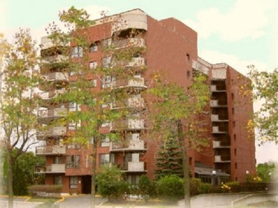 Condo / Townhome / Loft for sales at 5680 Av. Rembrandt  Cote Saint-Luc, Quebec H4W 3G3 Canada