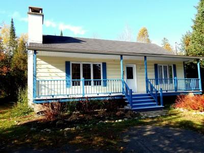 Bungalow for a-vendre at 17 Mtée Manory  Sainte Marguerite Du Lac Masson, Quebec J0T 1L0 Canada