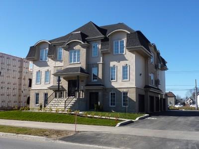 Condo / Maison de ville / Loft for a-vendre at 1140 Rue Rodrigue  Terrebonne, Quebec J7M 0G8 Canada