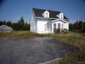 Unifamiliale for a-vendre at 193 Route 138  Les Bergeronnes, Québec G0T 1G0 Canada