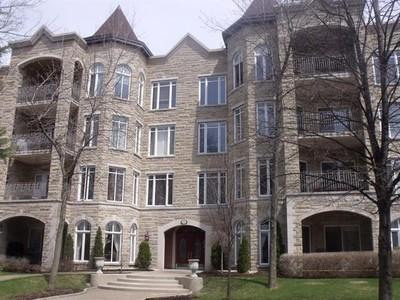Condo / Maison de ville / Loft for a-vendre at 285 Rue De Vimy  Saint Bruno De Montarville, Quebec J3V 6J5 Canada