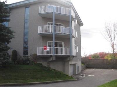 Condo / Maison de ville / Loft for a-vendre at 714 Place De Monaco  Chomedey, Quebec H7N 6G1 Canada