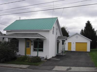 Unifamiliale for a-vendre at 248 Av. Messel  Saint-Joseph-De-Coleraine, Quebec G0N 1B0 Canada