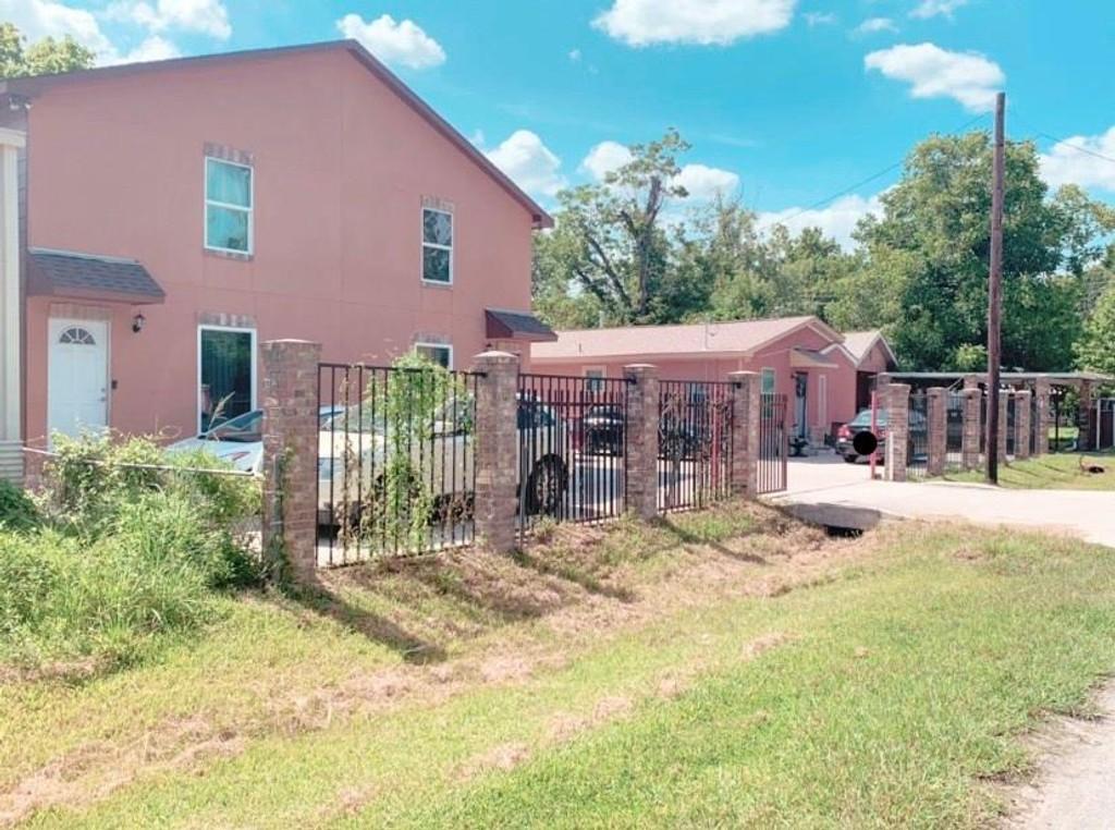 11375 Allwood Street Houston Texas 77093 Multi-Family Homes for Sale