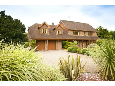 Single Family Home for sales at London Road, Washington, Pulborough, West Sussex, RH20 Pulborough, England