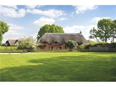 Single Family Home for sales at Crookham Common Road, Crookham Common, Thatcham, Berkshire, RG19 Thatcham, England