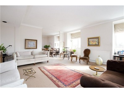 Apartments / Flats for sales at Thornbury Court, Chepstow Villas, London, W11 London, England