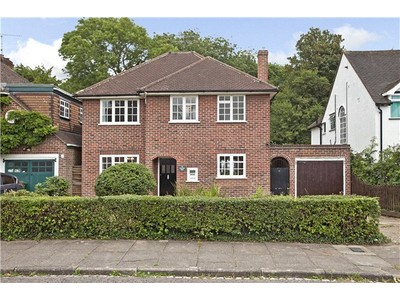 Single Family Home for sales at Churchill Road, St. Albans, Hertfordshire, AL1 St Albans, England