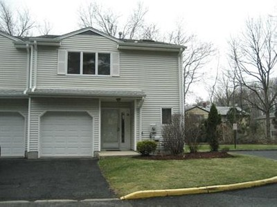 Condo / Townhouse for sales at 35 Meadowview Ter  Fair Lawn, New Jersey 07410 United States