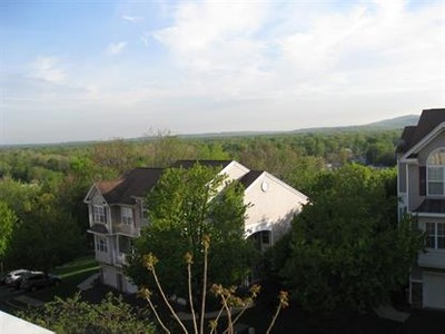 Condo / Townhouse for sales at 54 Lakeview Ct  Pompton Lakes, New Jersey 07442 United States