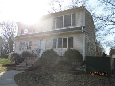Single Family for sales at 10 Cleary Pl  Fairfield, New Jersey 07004 United States