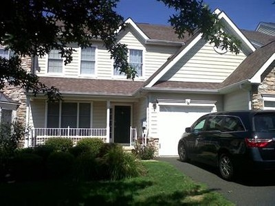 Single Family for rentals at 10 Hudson Dr  Basking Ridge, New Jersey 07920 United States
