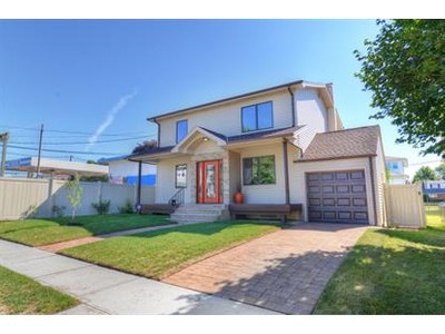 Single Family for sales at 10 Harrop Ave  Saddle Brook, New Jersey 07663 United States