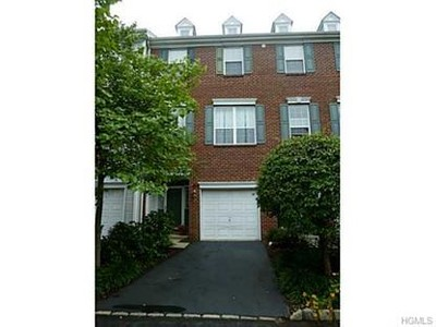 Condo / Townhouse for sales at 173 Meadow Lane  Nanuet, New York 10954 United States
