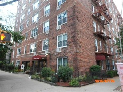 Co-op / Condo for sales at 3065 Sedgwick Avenue  Bronx, New York 10468 United States