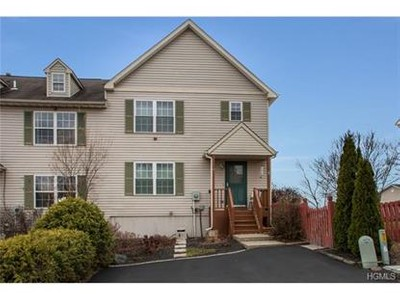 Condo / Townhouse for sales at 41 Evan Road  Warwick, New York 10990 United States
