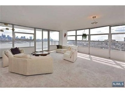 Condo / Townhouse for sales at 6050 Boulevard East  West New York, New Jersey 07093 United States