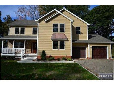 Single Family for sales at 34 Oaklynn              Pl  Glen Rock, New Jersey 07452 United States
