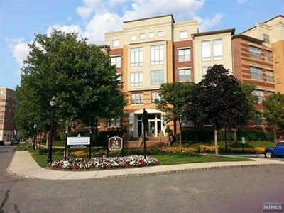 Condo / Townhouse for sales at 24 Ave At Port Imperial  West New York, New Jersey 07093 United States