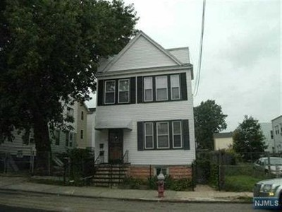Multi Family for sales at 9 Van Cleef St  Jersey City, New Jersey 07305 United States
