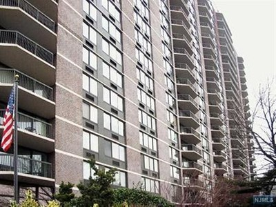 Condo / Townhouse for sales at 770 Anderson Ave  Cliffside Park, New Jersey 07010 United States