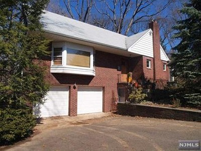 Single Family for sales at 14 Zanoni St  Woodcliff Lake, New Jersey 07677 United States