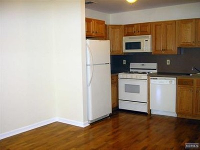 Condo / Townhouse for sales at 6107 Park Ave  West New York, New Jersey 07093 United States