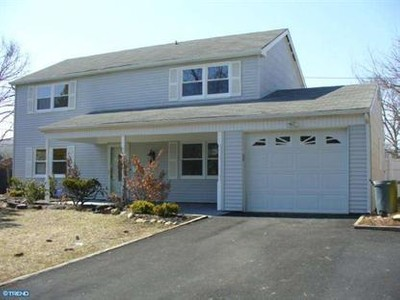 Single Family for sales at 59 Hewlet Ln  Willingboro, New Jersey 08046 United States