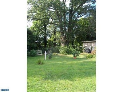 Land for sales at 739 W Clements Bridge Rd  Runnemede, New Jersey 08078 United States