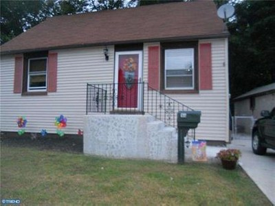 Single Family for rentals at 168 W Barber Ave  Woodbury, New Jersey 08096 United States
