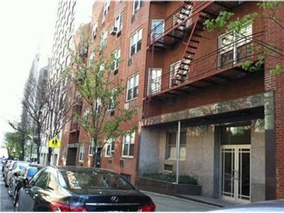 Co-op / Condo for sales at 530 East 84th Apt 5f  New York, New York 10028 United States