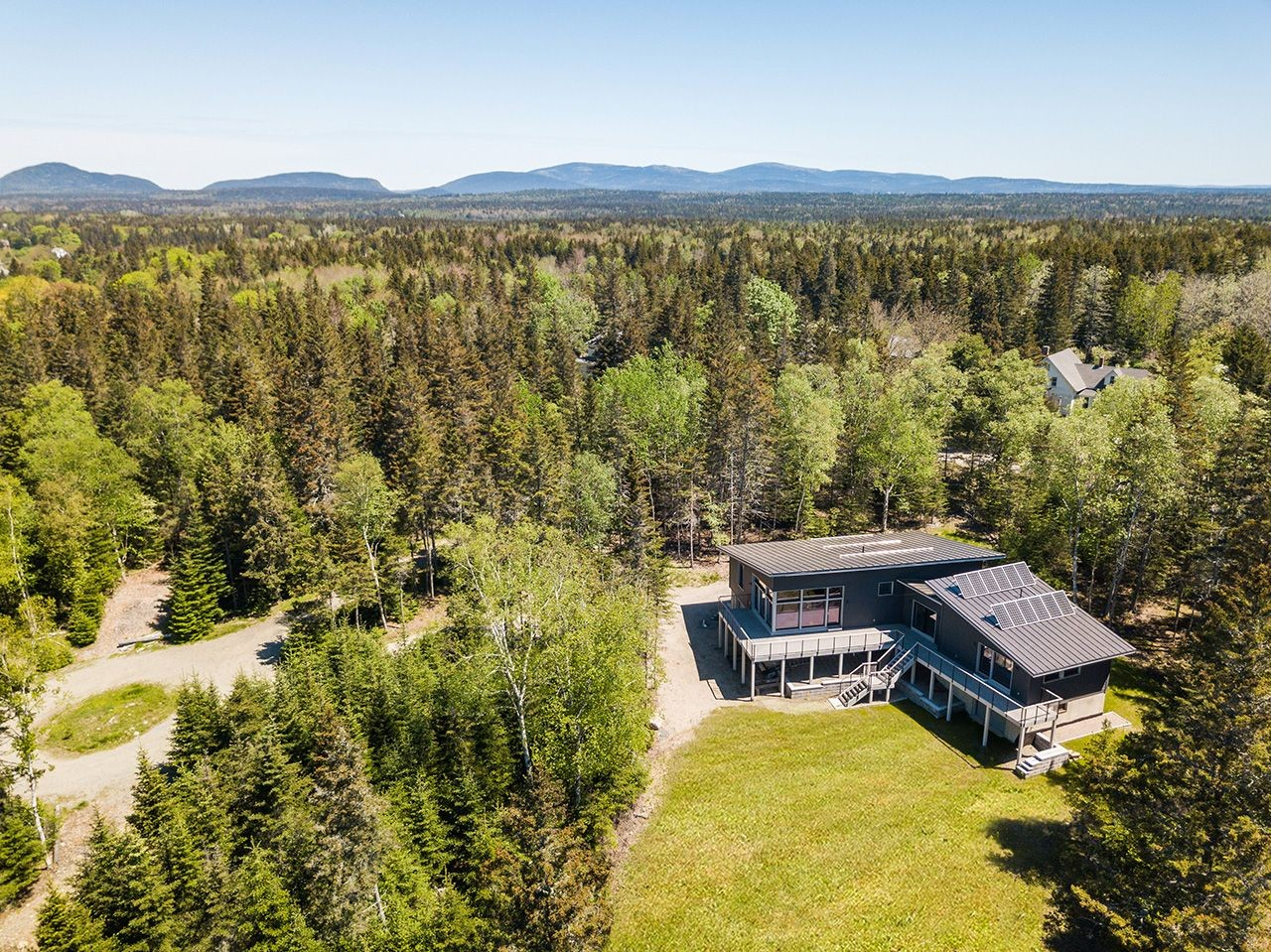 sophie s way a luxury single family home for sale in tremont, maine property id 377023322 christie s international real estate