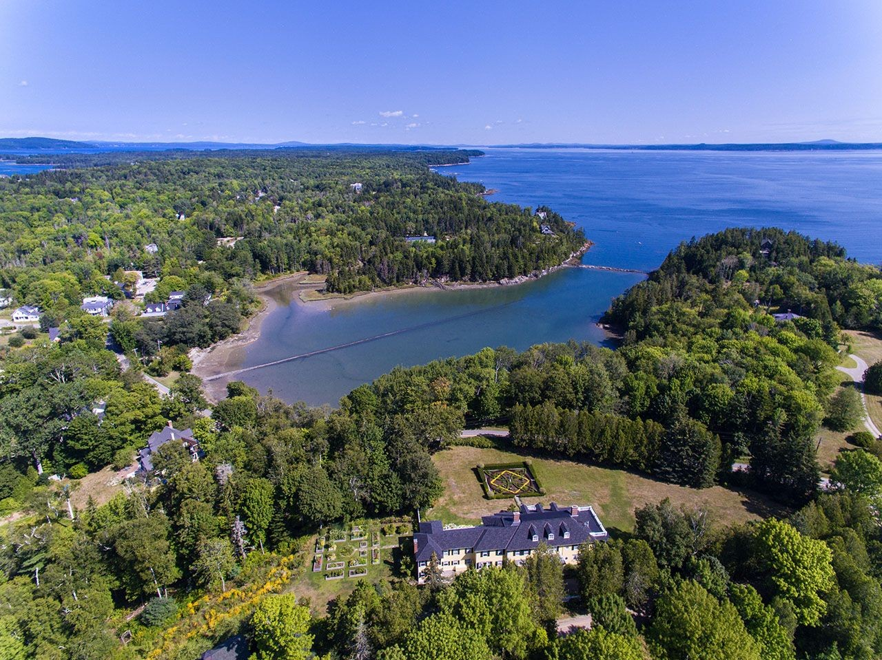 dark harbor house a luxury single family home for sale in islesboro, maine property id 52373128 christie s international real estate