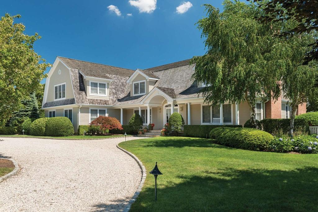 44 Pheasant Close North Southampton Southampton Town New York 11968 Single Family Homes For Sale