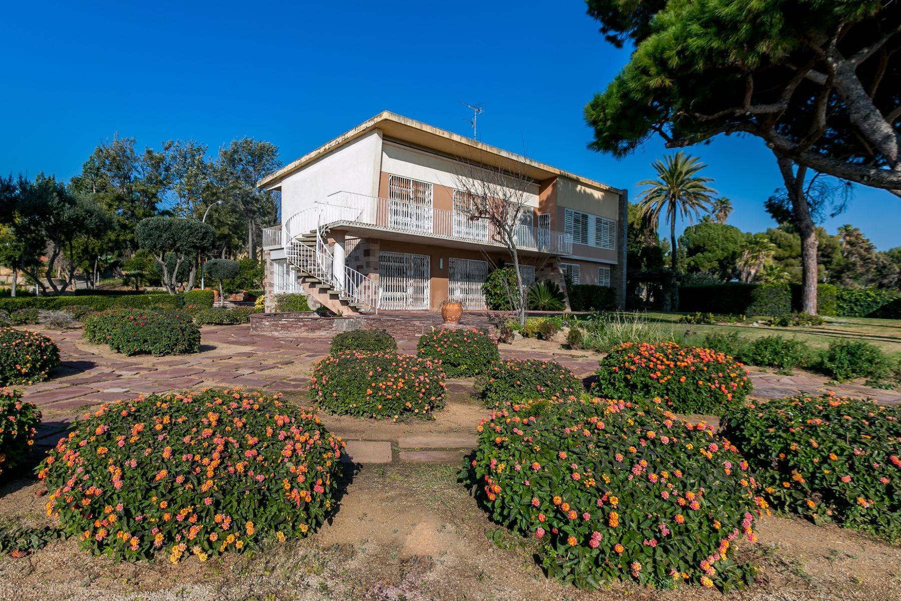 Baranov vacation mansion