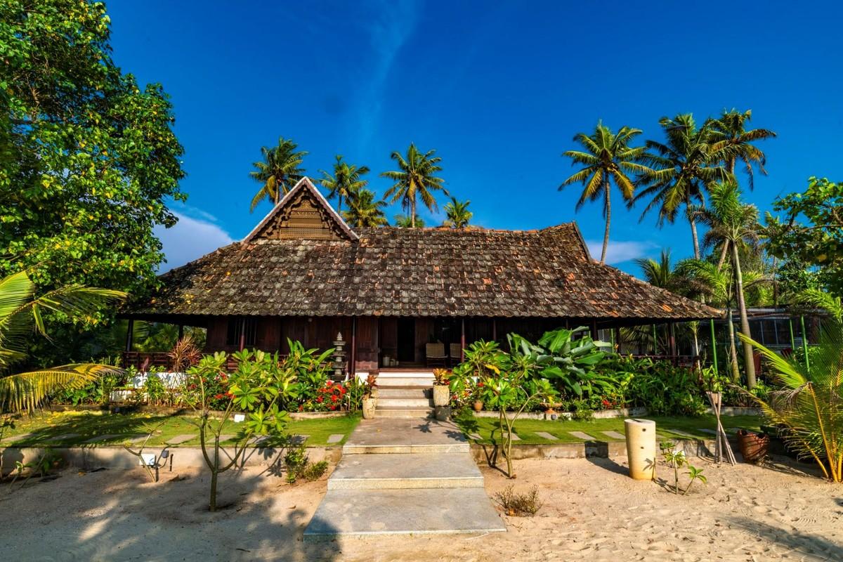Beach Villa In Kerala