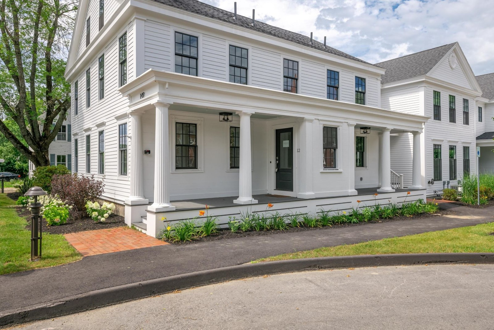 1. Condominiums for Sale at 153 Main Street, 1, Yarmouth, ME 04096