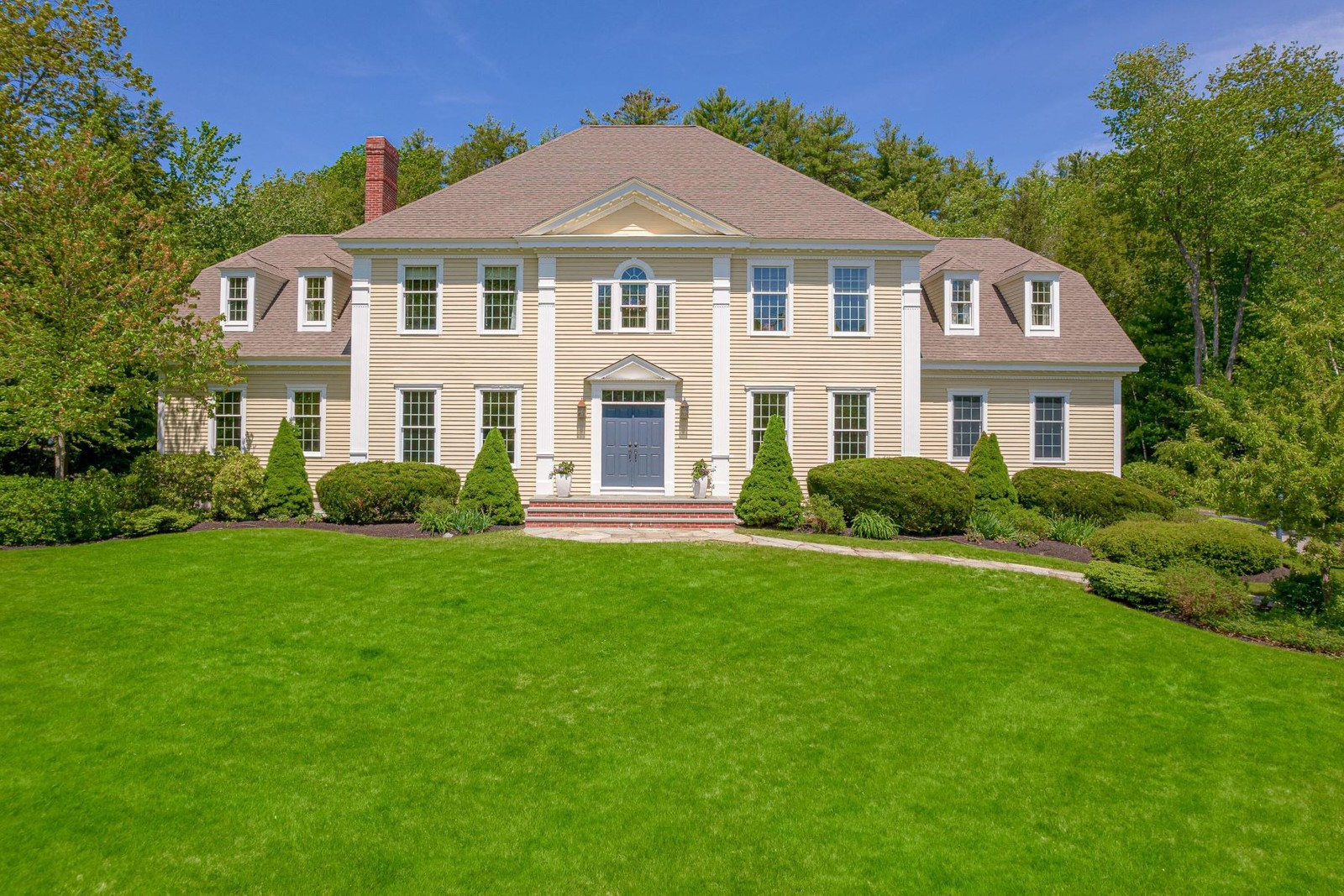 1. Single Family Homes for Sale at Cumberland, ME 04110