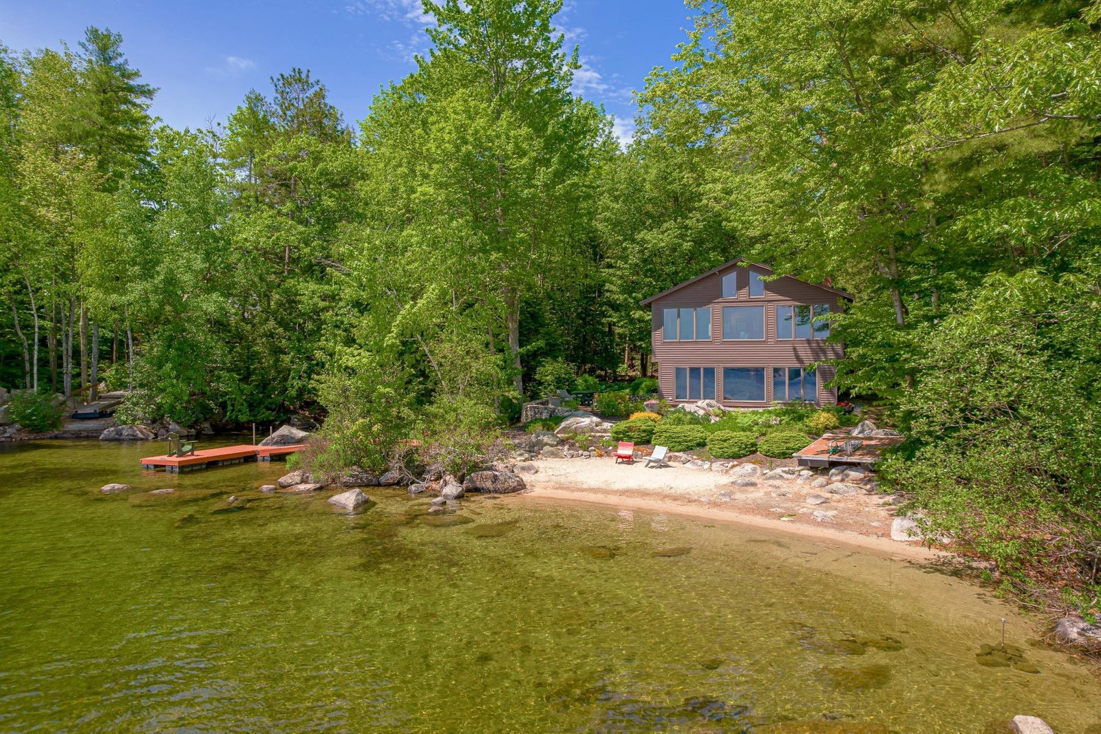 1. Single Family Homes for Sale at Raymond, ME 04071