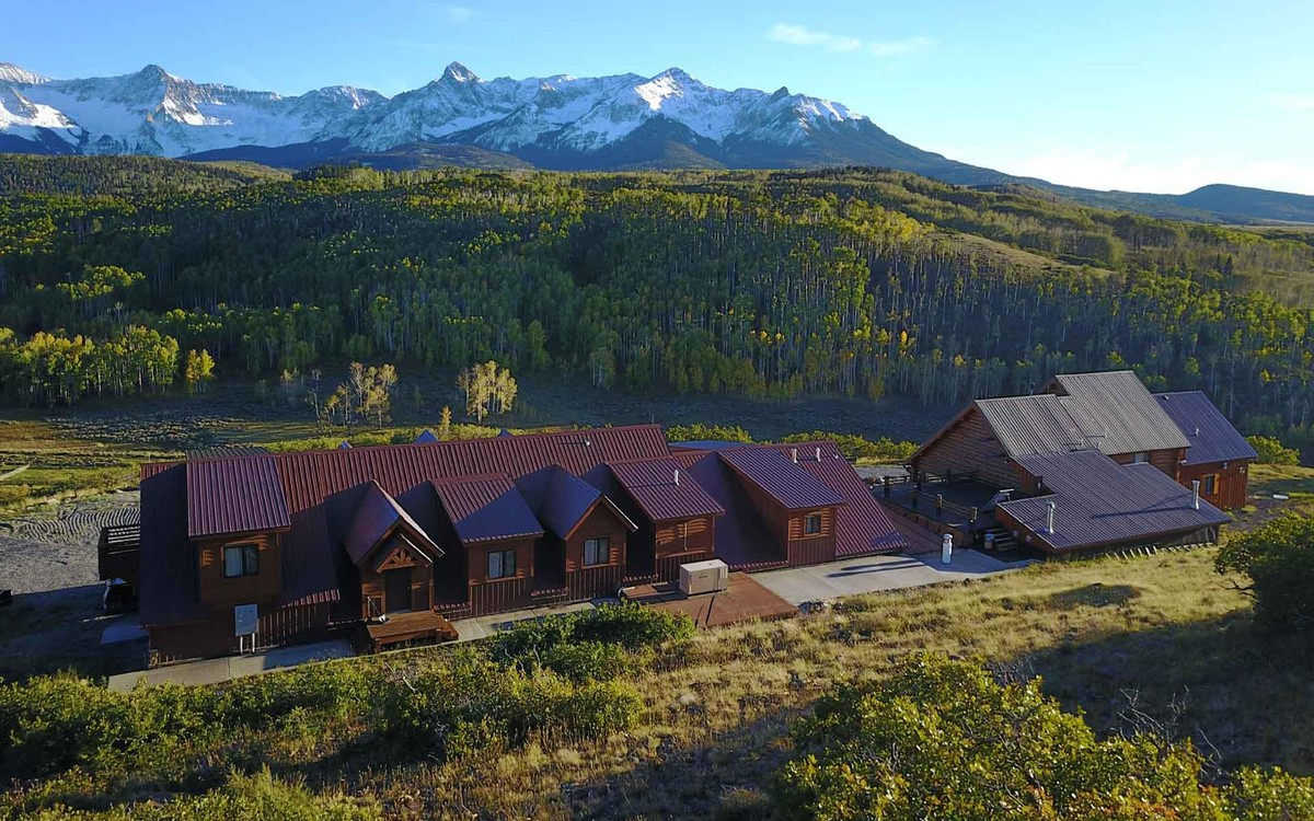 Luxury Cattle Ranches and Farms for Sale - Christie's International
