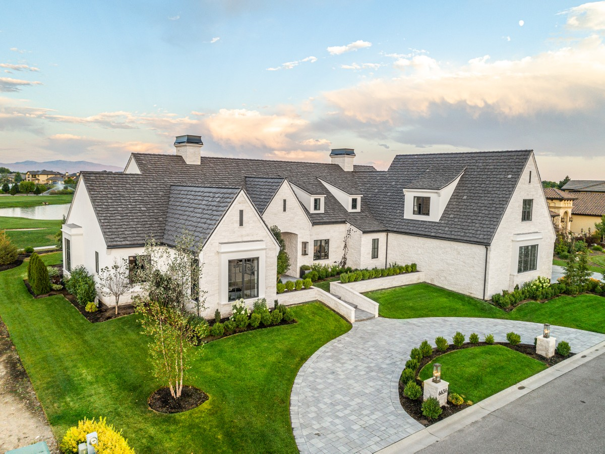 Luxury Real Estate & Homes for Sale - Group One Sotheby's Realty